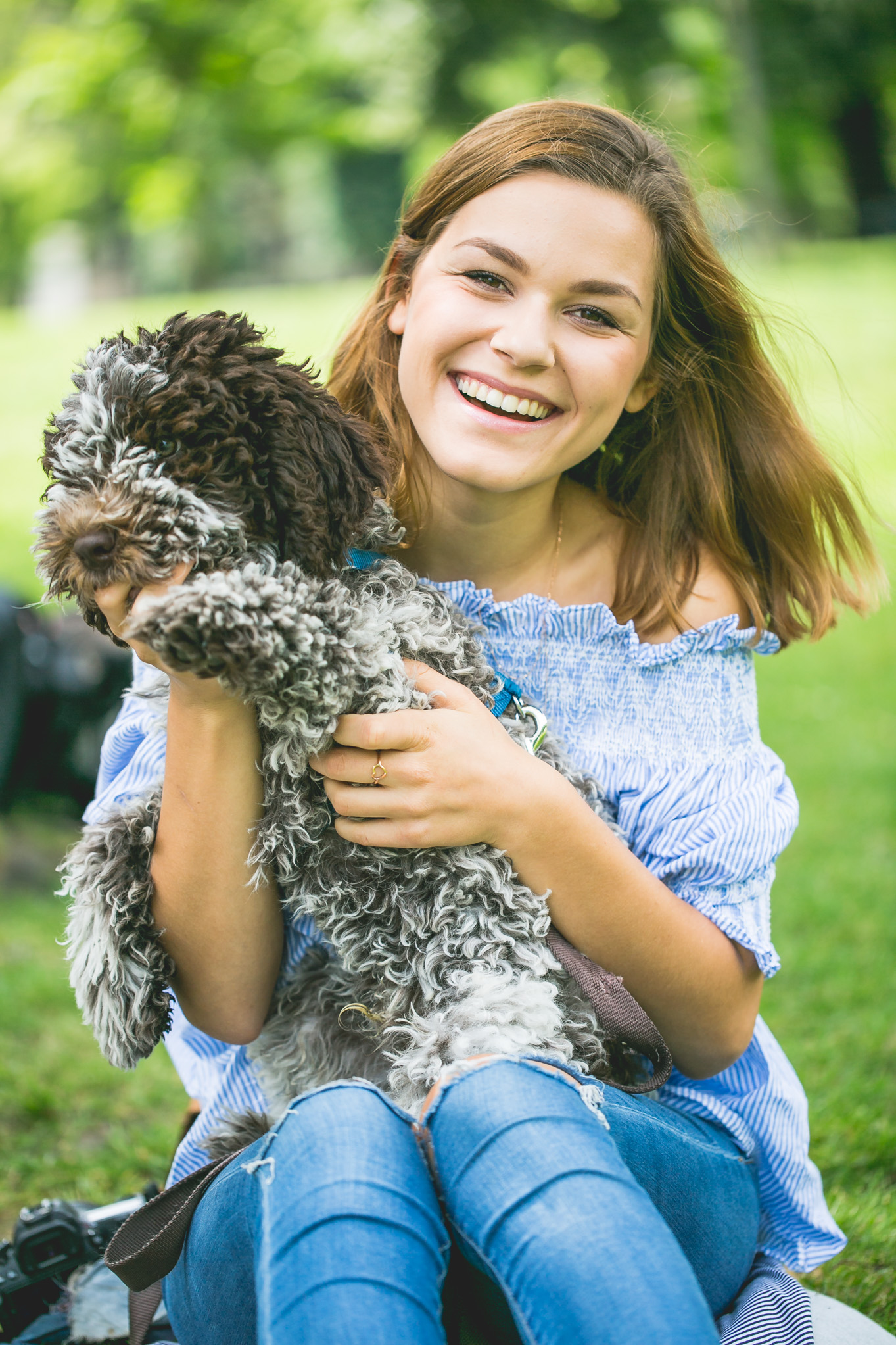 Anna Laura loves a good Hugo – whether it's the summery drink or her dog © Florence Stoiber