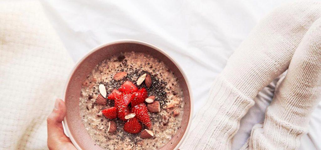 Kreative Topping Ideen machen jedes Porridge einzigartig