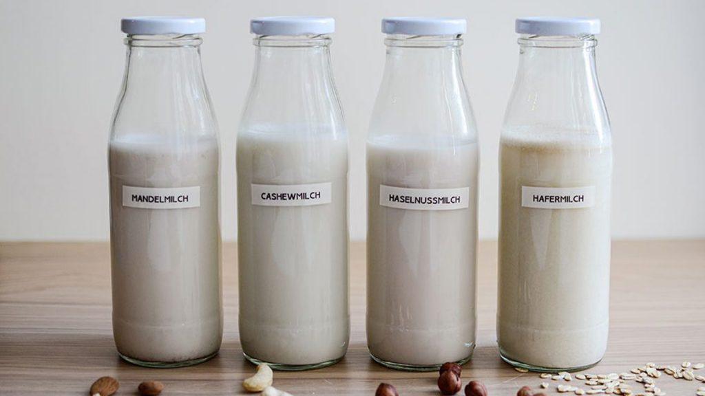 Pflanzenmilch für vegane Overnight Oats