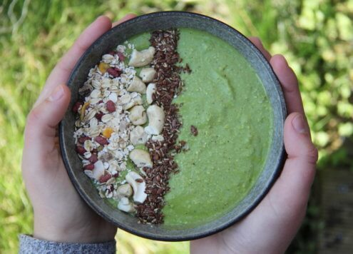 Cashew Green Smoothie Bowl Verival