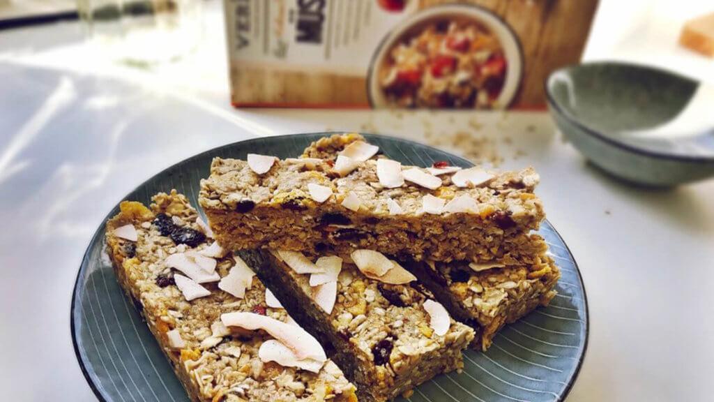 Haferflocken Frühstück Rezept - Müsliriegel Kokos Marille