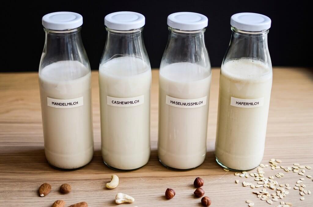 Porridge kann man auch mit Pflanzenmilch zubereiten