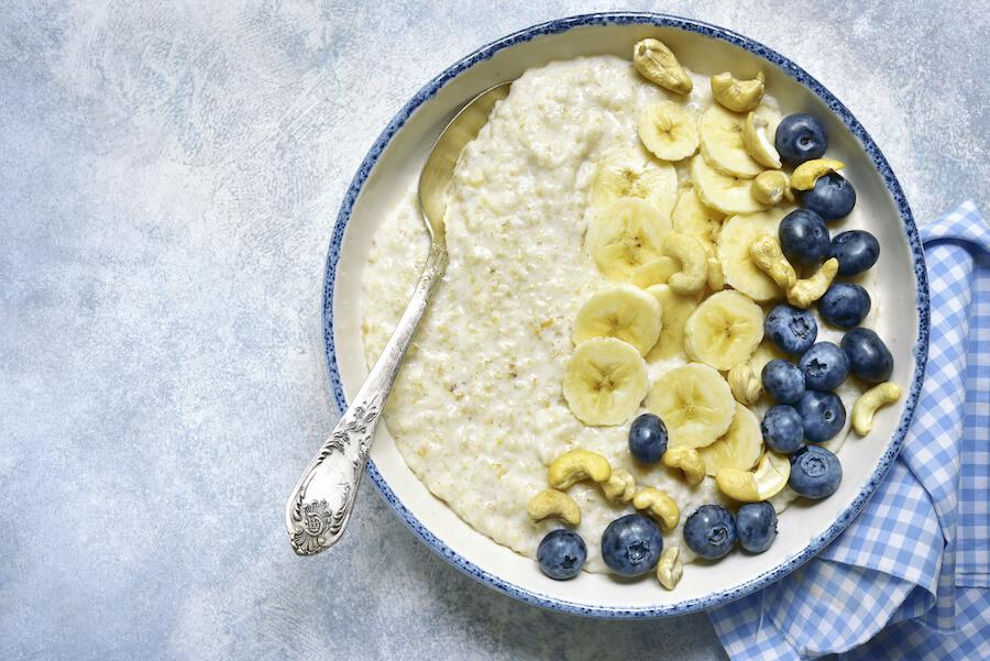 Porridge mit Cashewnüssen