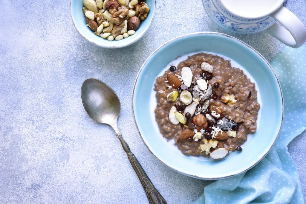 Porridge di nocciole