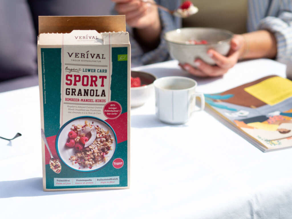 lower-carb-sport-granola-camping
