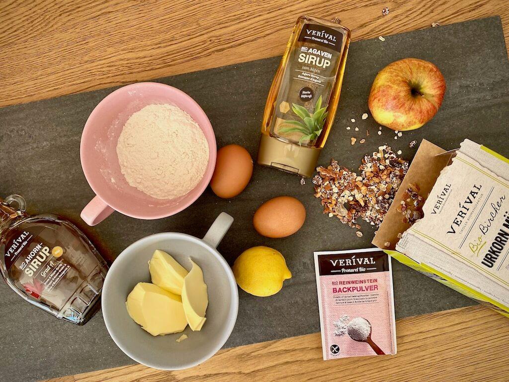 Zutaten für Apfel-Bircher-Müsliriegel