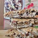 Rezept vegane und zuckerfreie Cranberry-Kirsch Riegel