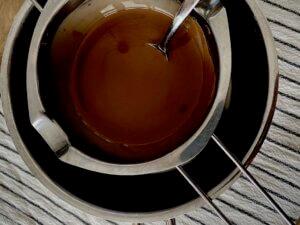 Rezept nussige Porridge Brownies Wasserbad