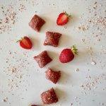 Rezept Fruchtige Erdbeer Protein Bites Rezeptimage
